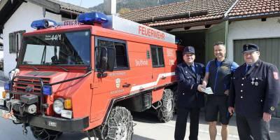 Альпийские пожарные отказались променять Пинцгауэр на новый автомобиль