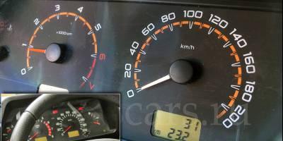 АвтоВАЗ улучшил приборную панель LADA 4x4