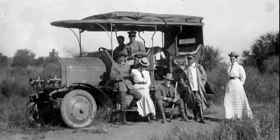 Первый вездеход марки Daimler построили в начале прошлого века для Африки