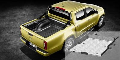 Во Владимире выпустили выкатную платформу для пикапа Mercedes-Benz X-Class