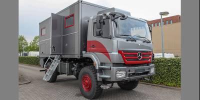 Голландское ателье показывает 18-футовый автодом на базе Mercedes Axor 4x4