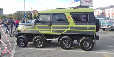 По Алтаю ездит неузнаваемый ЛуАЗ на 8 колесах