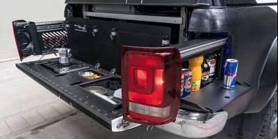 Volkswagen Amarok обзавелся потайным мини-баром
