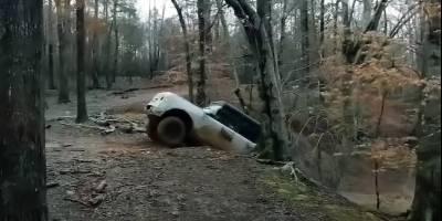 Новый Ford Bronco показали на видео на грязевых тестах
