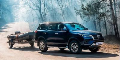 Дизельные версии обновленного Toyota Fortuner доехали до России