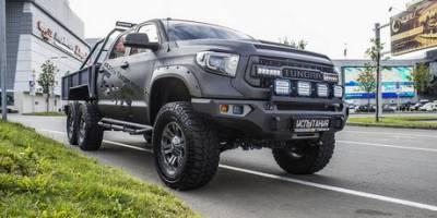 Российская премьера. Toyota Tundra 6x6 Hercules