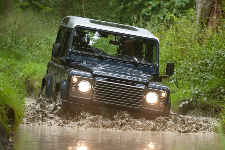 20141020 land rover defender 2013 1600x1200 wallpaper 07