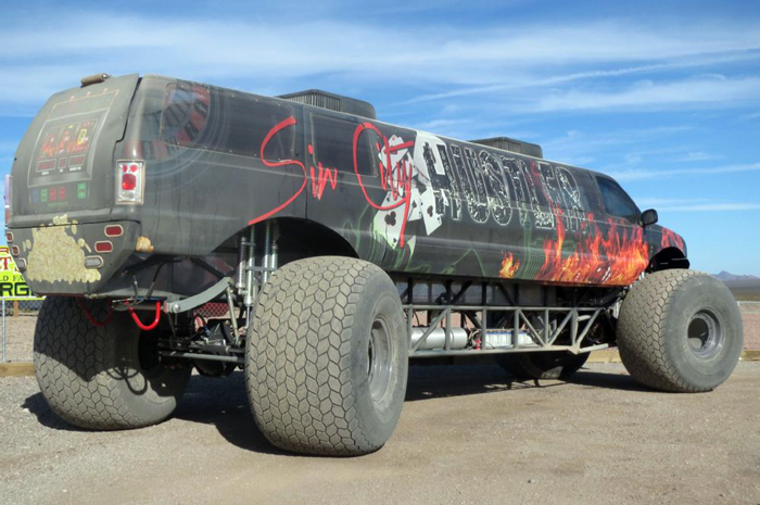 Extreme Excursion Limo Monster Ride Truck AKA «Sin City Hustler»