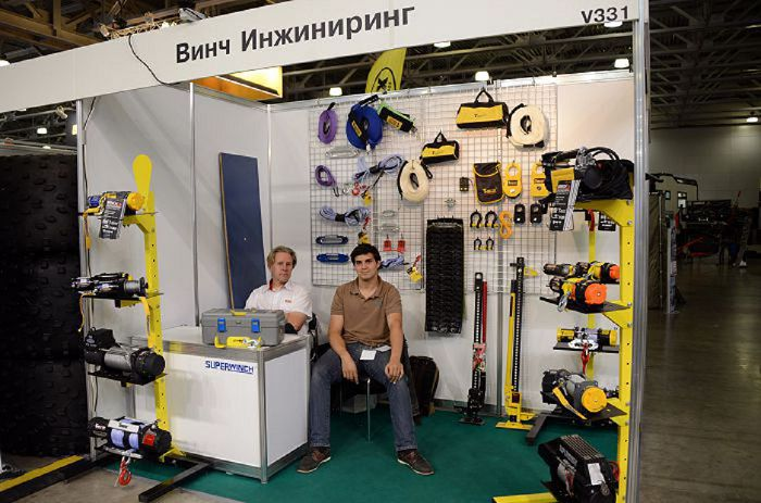 Стенд дистрибутора лебедок Winch Engineering на выставке Moscow off-road show